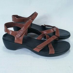 ECCO Brown Leather Ankle Strap Sandals Womens 40